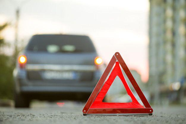 como colocar los triangulos de emergencia